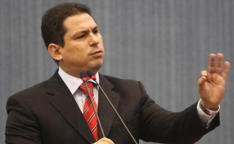 Parlamentares do Amazonas reprovam plano de Bolsonaro para UBS