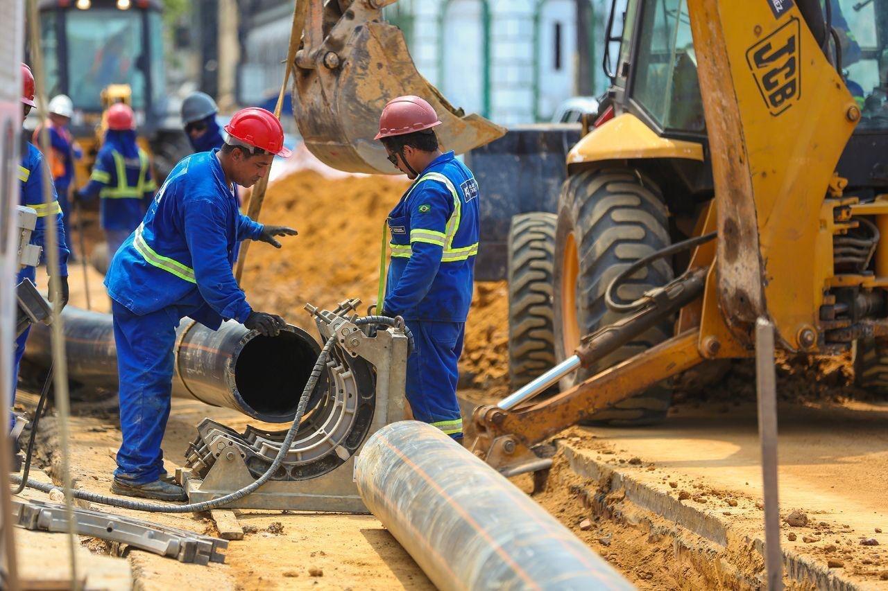 Governo passa à Prefeitura de Manaus estrutura pronta da rede de esgoto