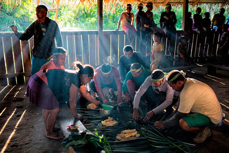 Biólogo denuncia que Funai o obrigou a levar missionário a indígenas no AM