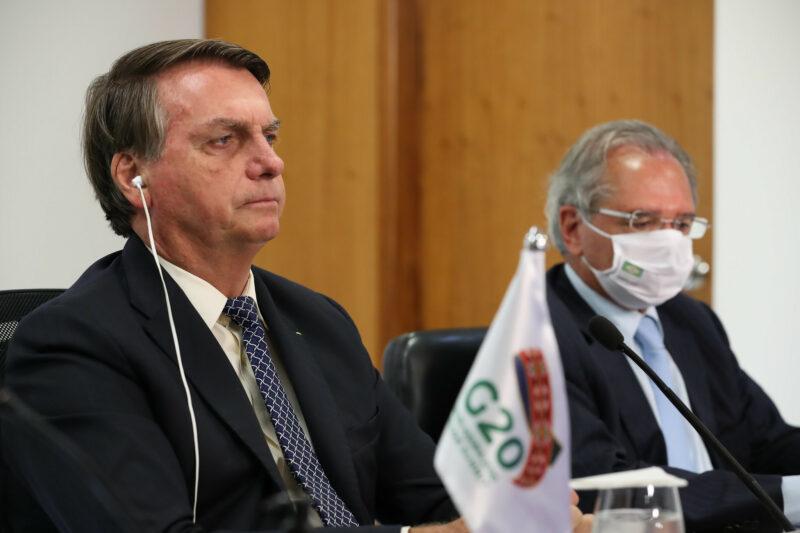 Apesar de Guedes, Bolsonaro sonha em esticar auxílio emergencial
