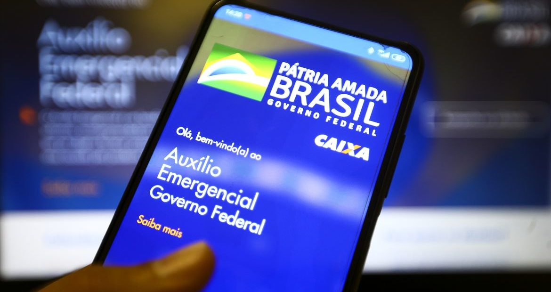 Investigado por fraude no auxílio emergencial, prefeito no AM é eleito