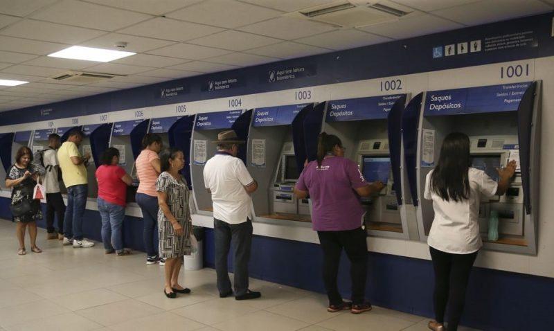 Caixa libera mais dois ciclos de pagamento do auxílio emergencial