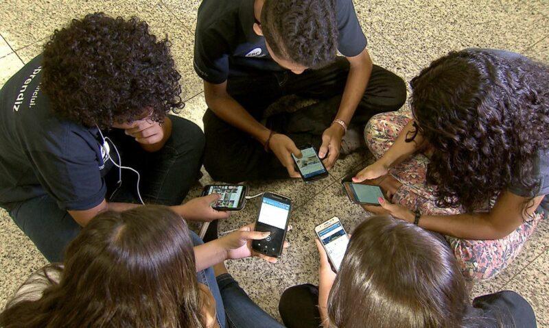 Acessoà banda larga em escolas depende da sanção de Bolsonaro