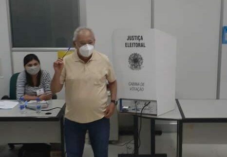 Amazonino não confirma ida a entrevista nem a debate na TV A Crítica