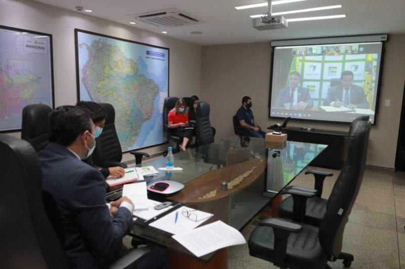 Wilson mostra no Conselho da Amazônia sucesso do AM contra queimadas