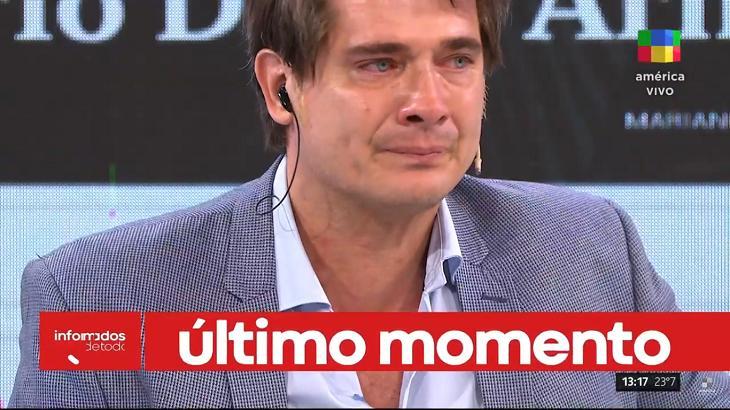 Reação ao vivo na TV argentina com notícia da morte de Maradona
