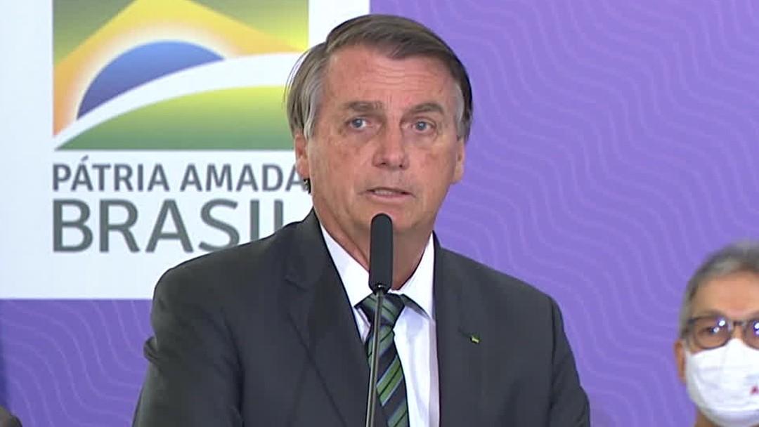 Bolsonaro tentou sabotar combate ao coronavírus, diz relatório mundial