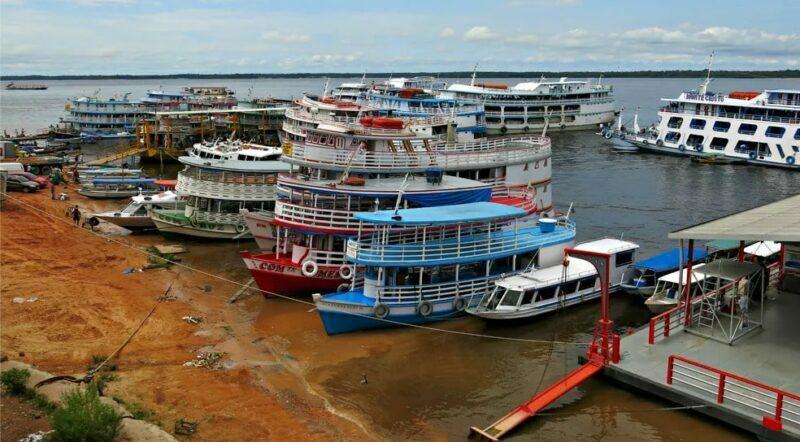 Transporte fluvial e rodoviário está suspenso no Amazonas