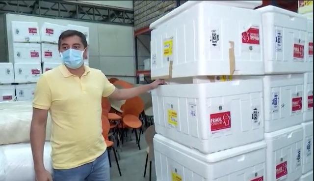 Governador do AM recebe em SP vacinas de Bolsonaro e doação de Dória