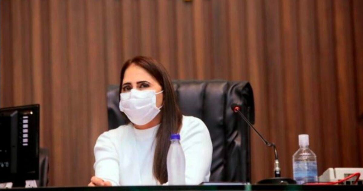 Nejmi Aziz propõe vacinação de motoristas e cobradores do transporte coletivo