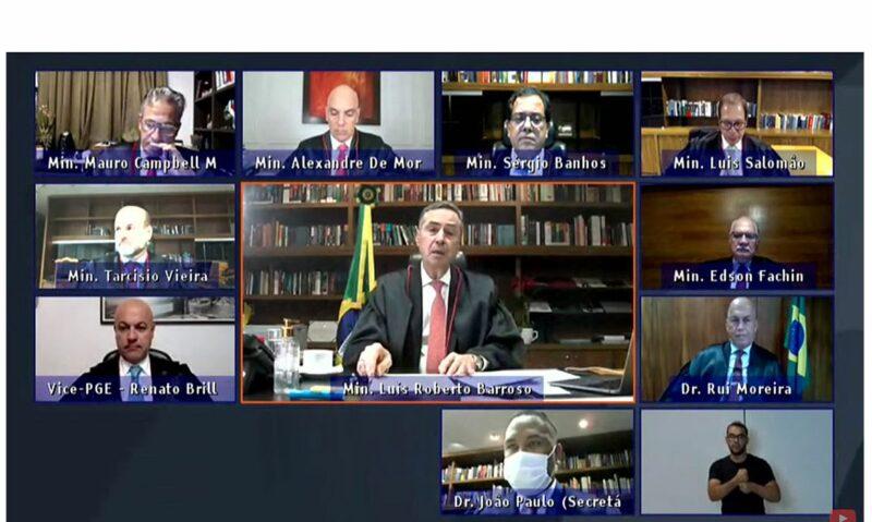 Barroso rechaça adoção do voto impresso ao reabrir trabalhos do TSE
