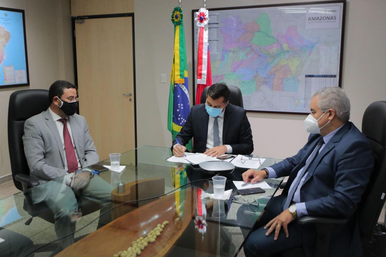 Governo do AM faz acordo para crédito de R$ 1,1 bi do Basa