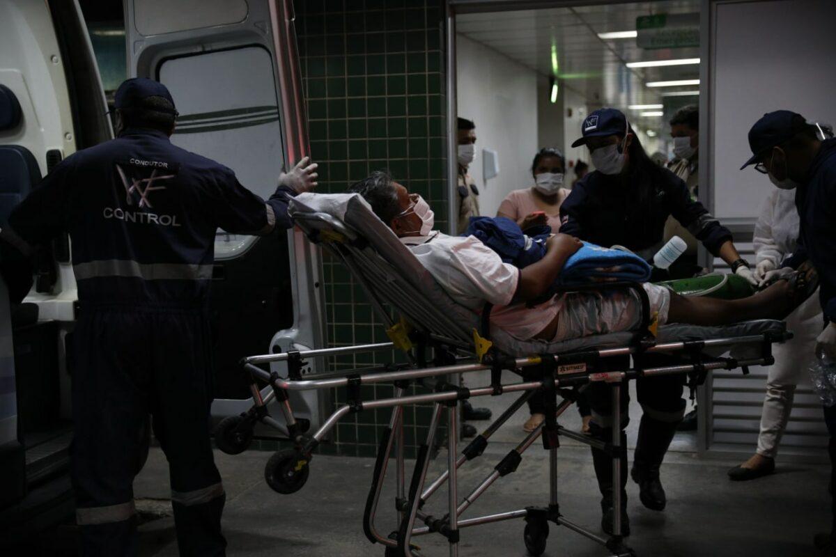 Covid deixa sequelas em ao menos 70% dos infectados, dizem médicos do país