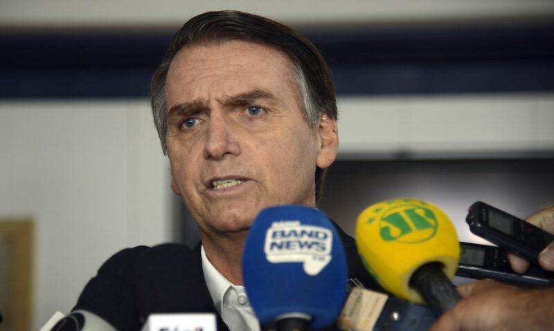 """Bolsonaro diz que fome fez venezuelanos comerem tudo, """"até cavalos"""""""