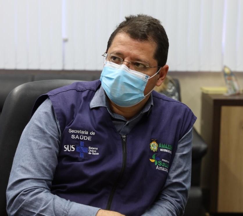 Ex-secretário afirma que primeiro contato com Pazuello foi 7 de janeiro