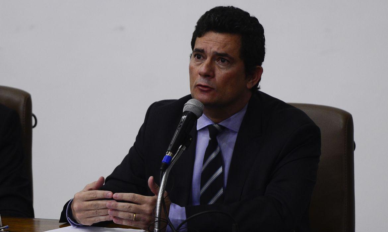 Moro defende Fachin que sofre ataques por anular condenações a Lula