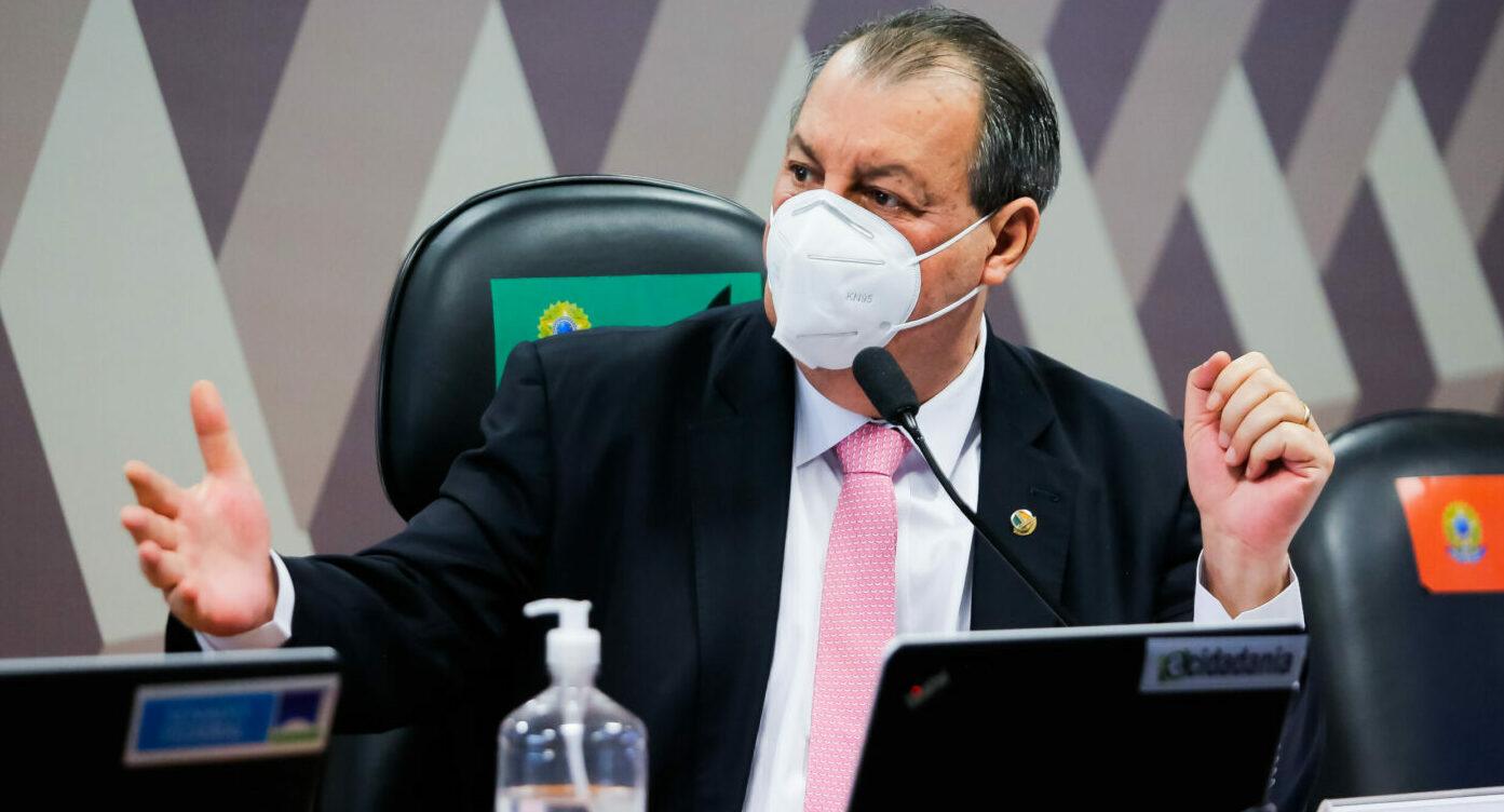 Executivos da Pfizer serão convocados para depor na CPI da covid, diz Aziz