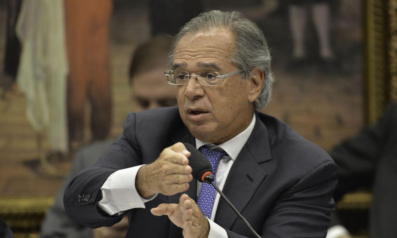 Senado deve convocar Guedes para falar de ingerência no BB