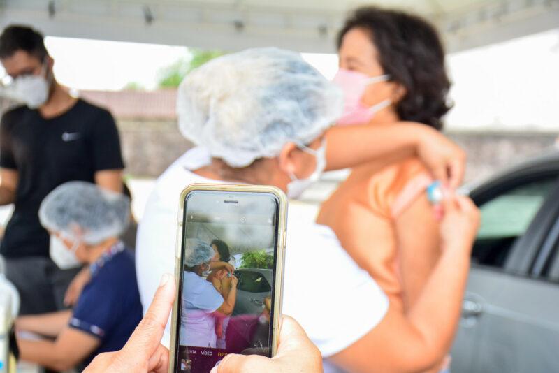 Manaus vacina de 55 a 59 anos, com qualquer comorbidade, a partir do dia 12