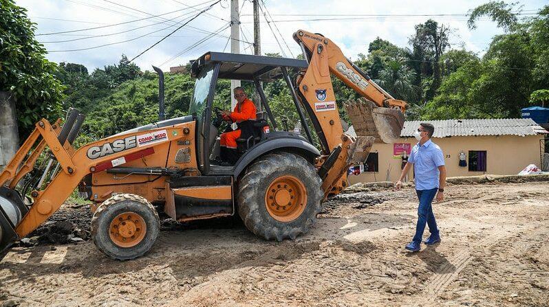 Operação tapa-buracos foca em 10 mil ruas a recuperar em Manaus