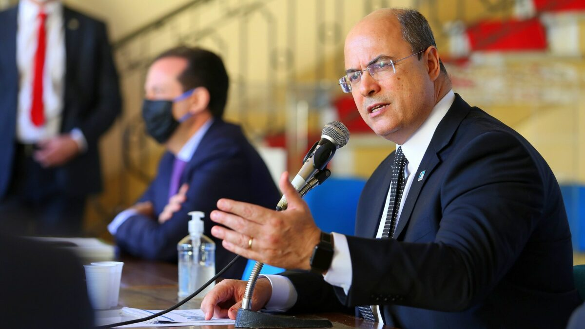 Tribunal impõe a governador do RJ impeachment por unanimidade