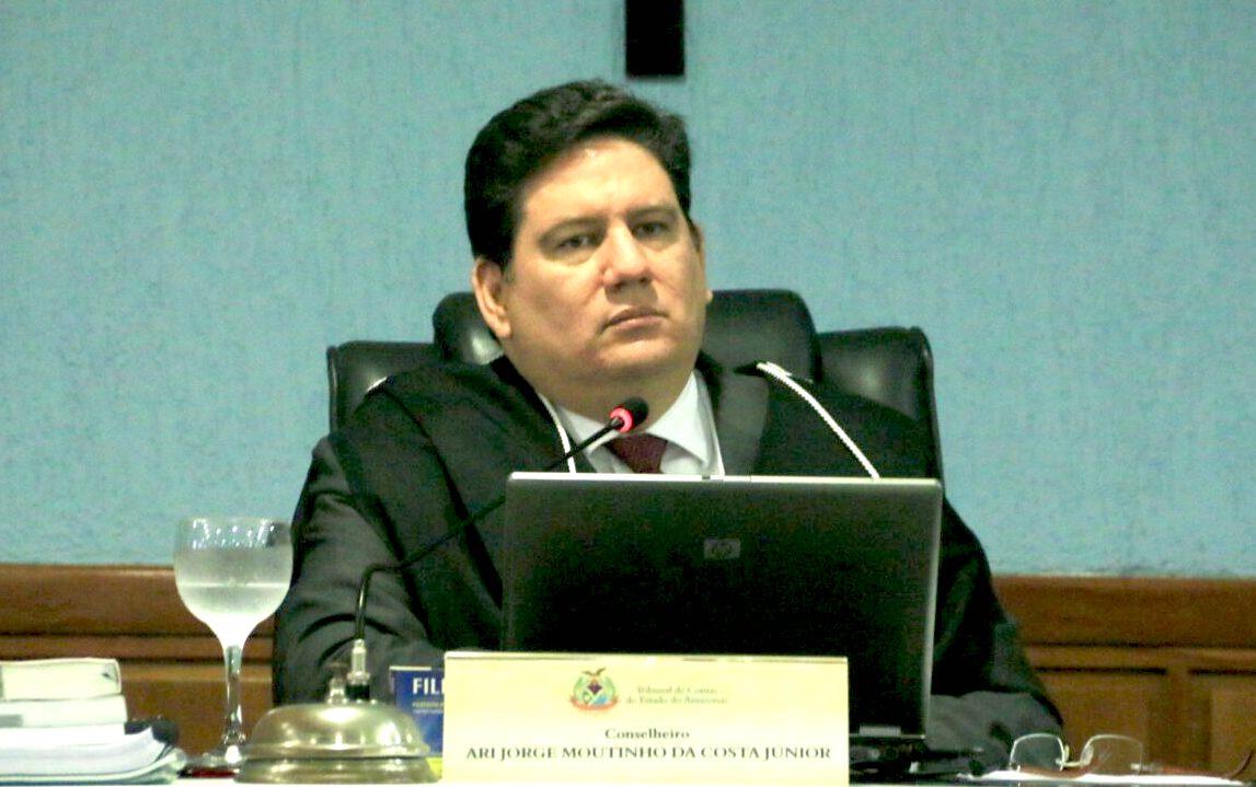 TCE-AM suspende licitação de R$ 8 milhões do Detran para publicidade