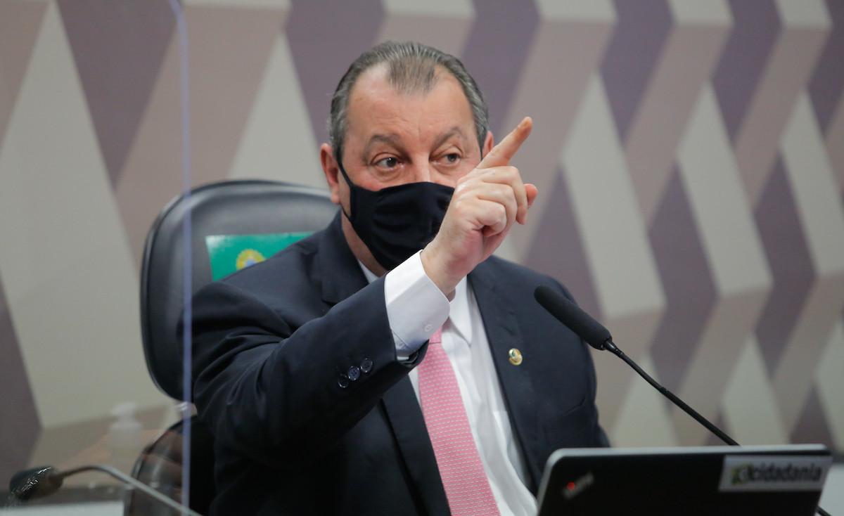 Chefe da CPI cobra posição da Câmara por ameaça de general de Bolsonaro