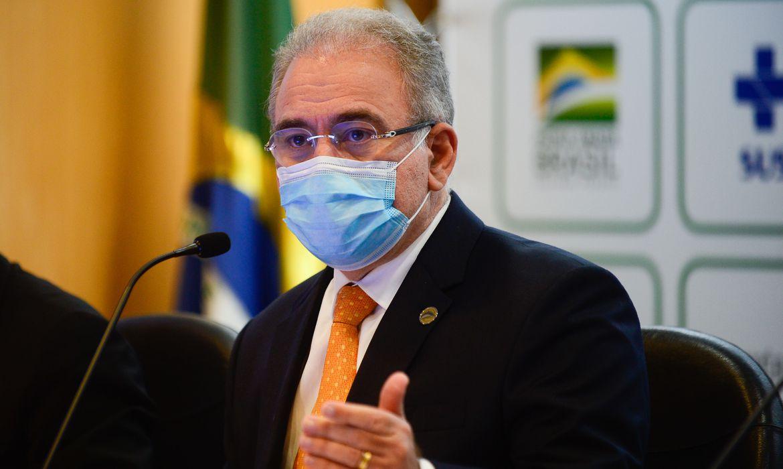 Ministério da Saúde estuda campanha de testagem contra covid