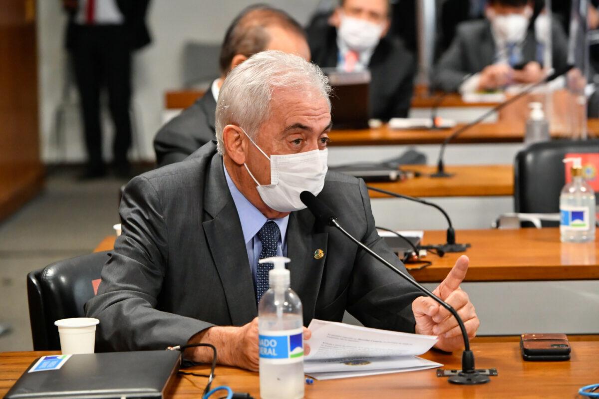 Otto Alencar responsabiliza Campelo pelas mortes no Amazonas