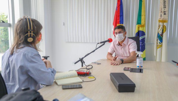 Prefeito afirma que Manaus não sofrerá terceira onda da covid