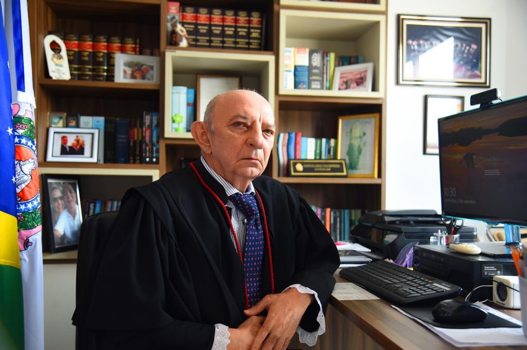 Chalub nomeia três juízes de concurso de 2017 para TJ-AM