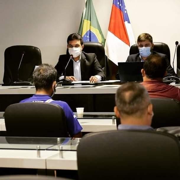 Moradores do Castanheiras pedem ajuda da ALE-AM e OAB contra despejo