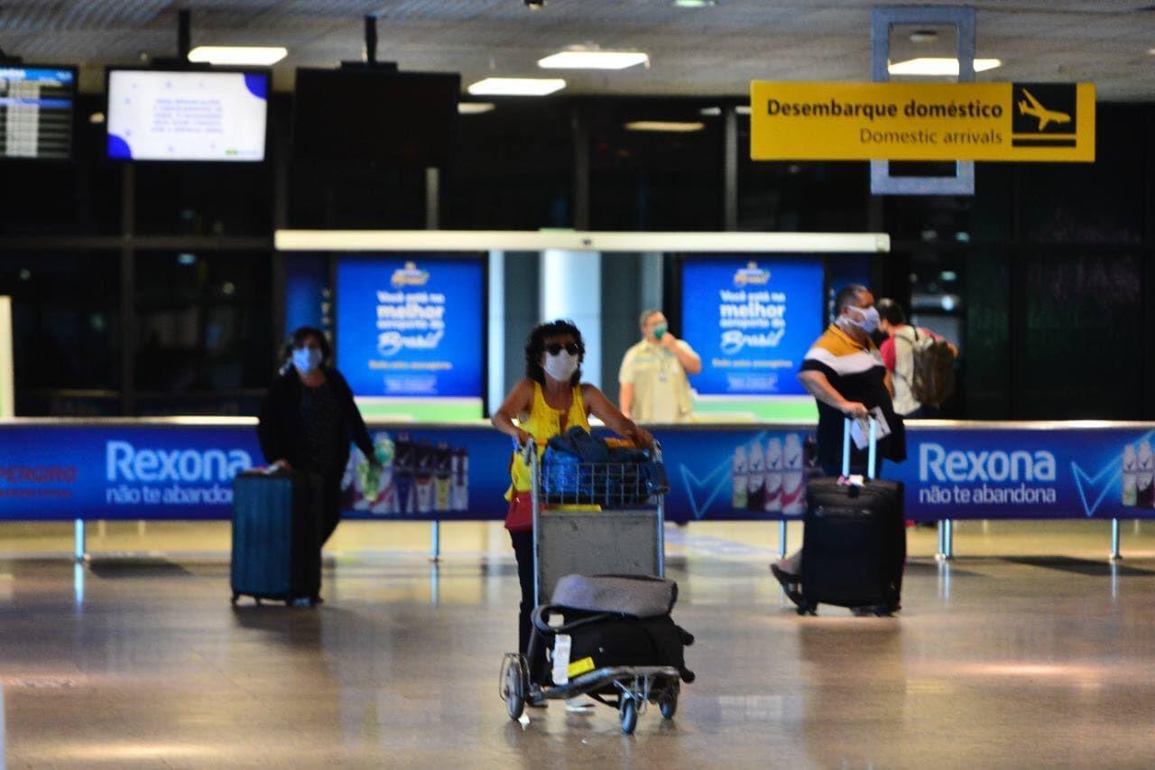 Acordo entre Azul e governo amplia rotas no AM e garante voo direto a SP