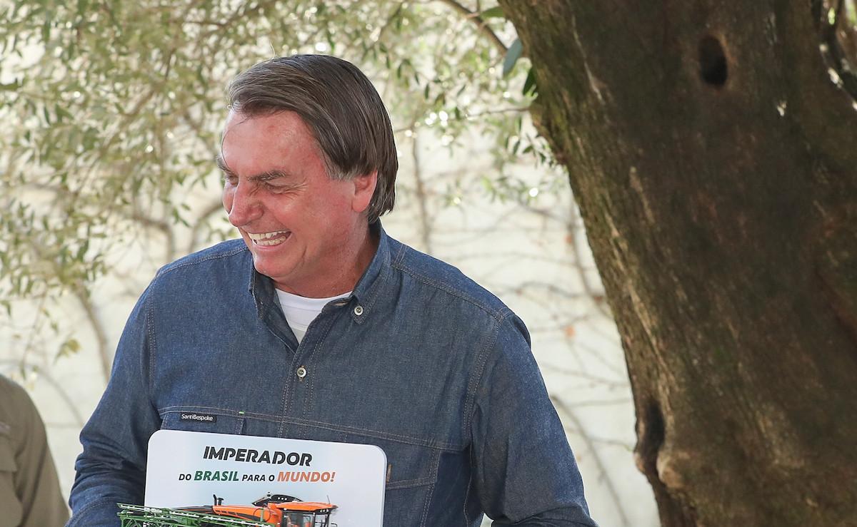 É hoje! Bolsonaro promete provar fraude em eleições ao vivo