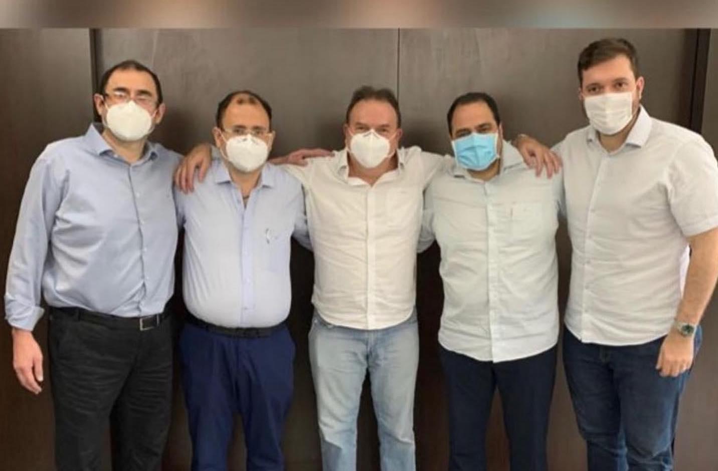 Advogados que se duelavam na OAB-AM selam paz por projeto nacional