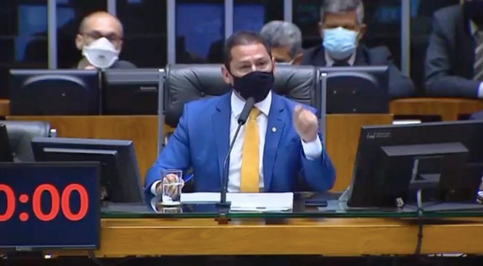 """""""É hora de impor limites a Bolsonaro"""", diz Ramos sobre ameaça militar"""