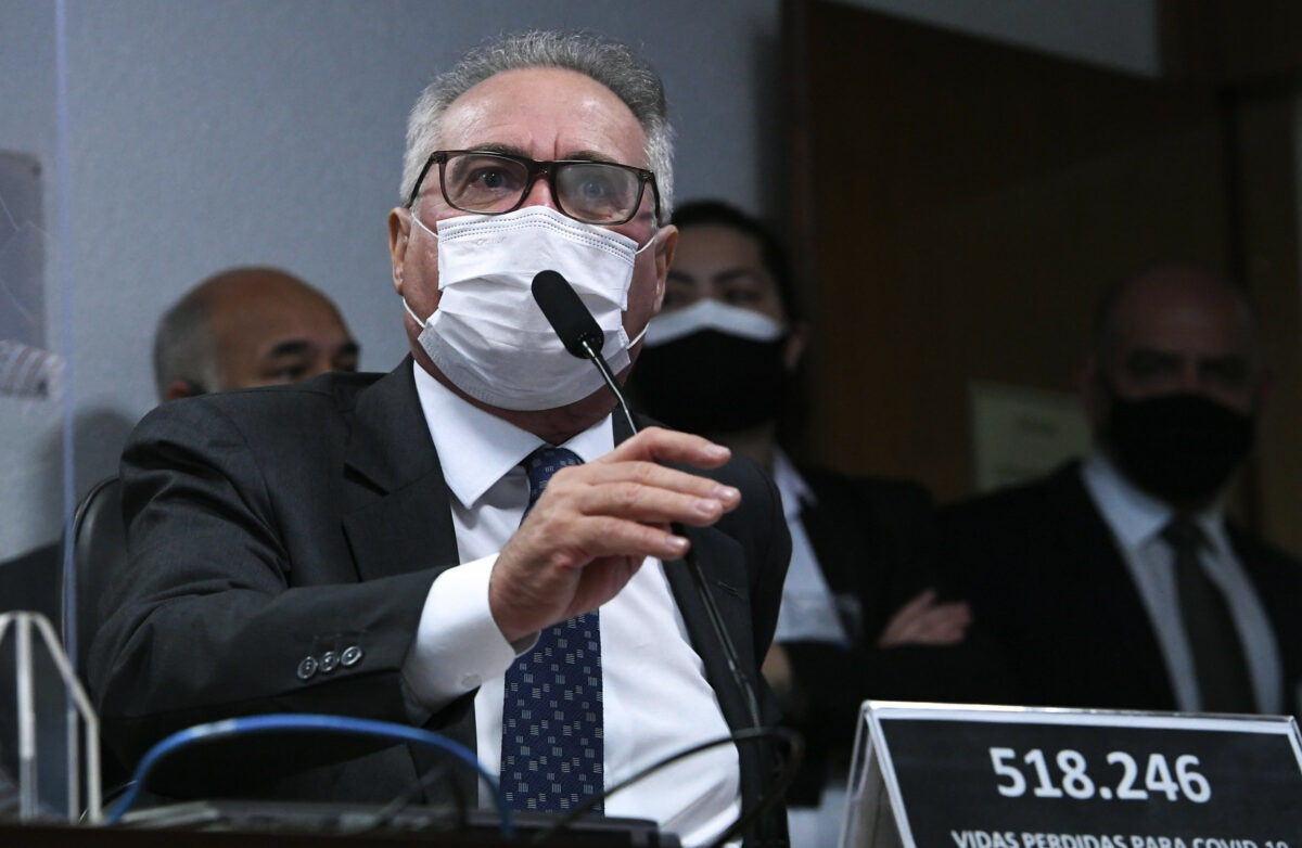 Relator da CPI aponta disputa militares x 'centrão' na Saúde