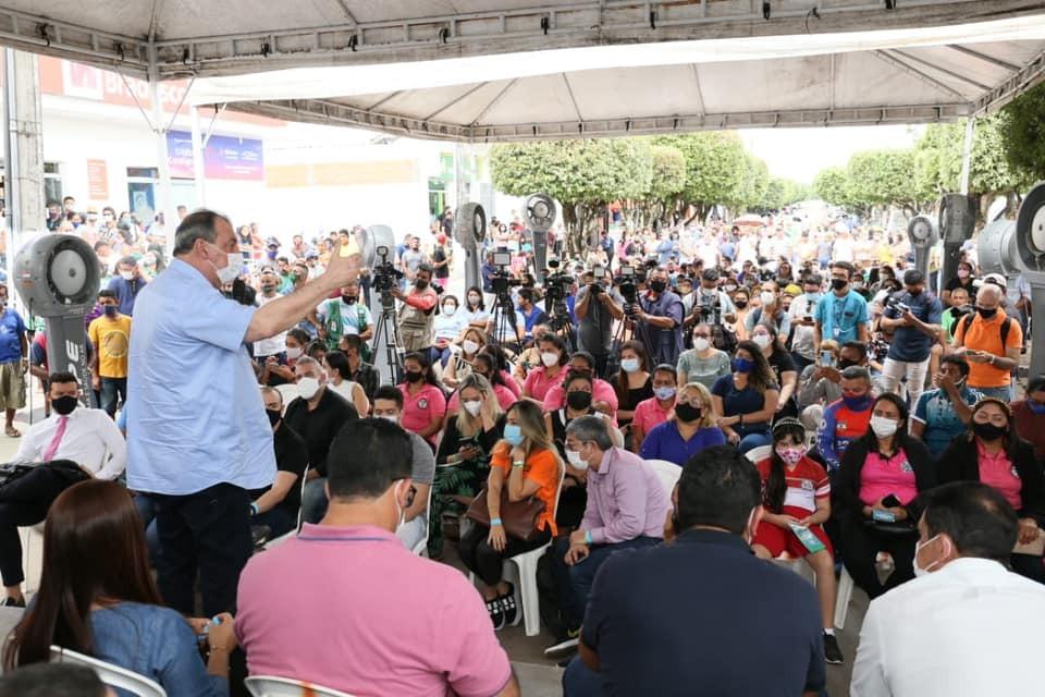 Omar Aziz mobiliza prefeitos e deputados em evento de Jr. Leite em Maués