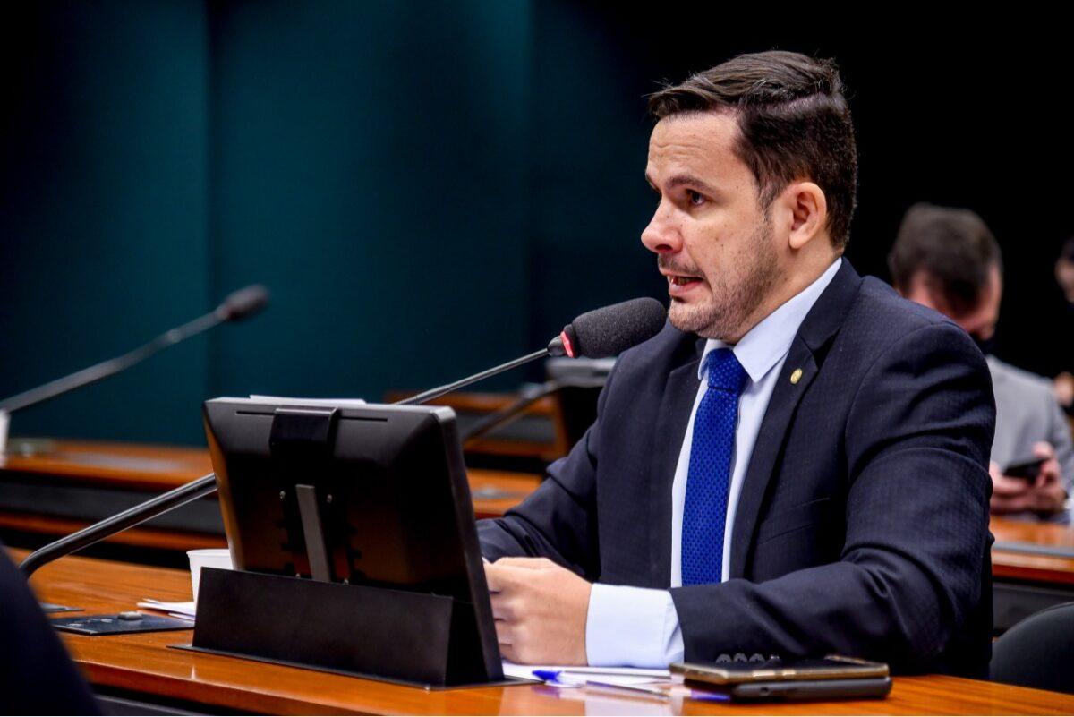 Câmara aprova sistema que facilita transporte com emendas de deputado