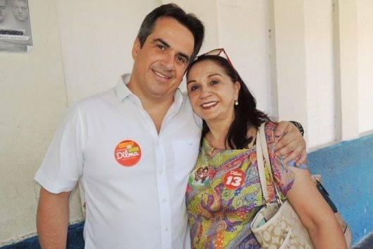 Bolsonaro abre vaga à mãe do presidente do Progressistas no Senado