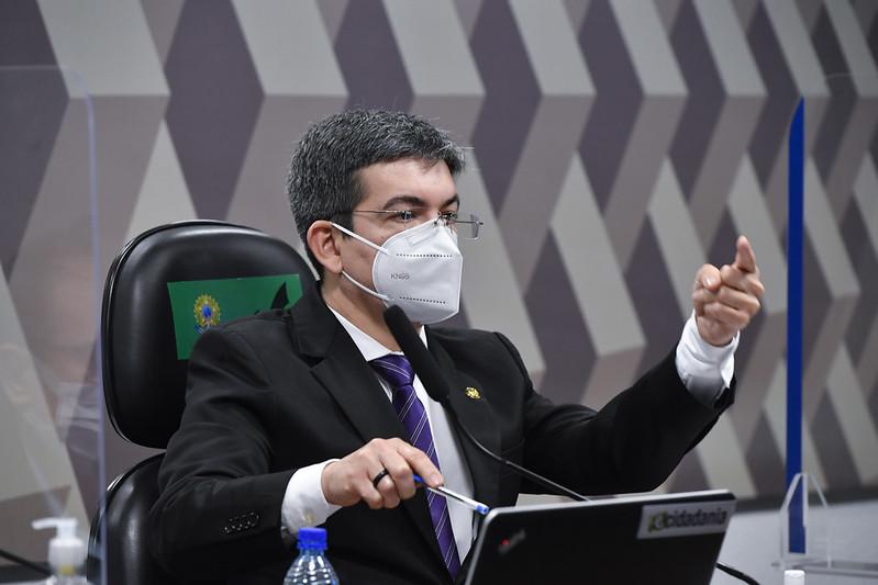 Vice da CPI revela que relatório vai destacar crise de oxigênio em Manaus