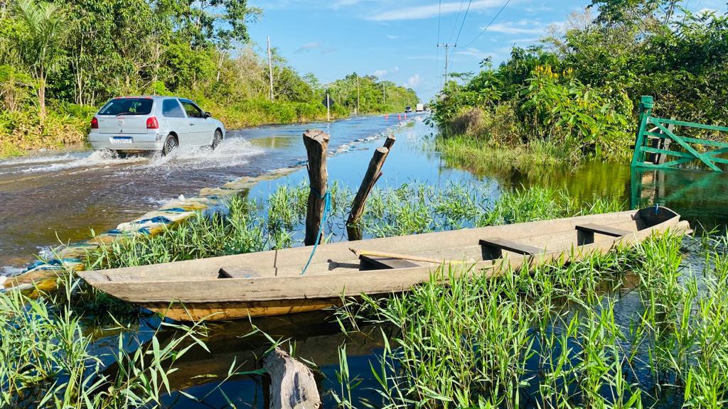 Depois de desabrigar, cheias recordes dos rios agora irão desabastecer