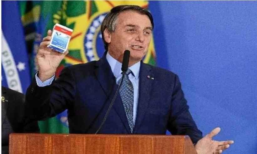 Senador da CPI quer punição a Bolsonaro por influenciar uso da cloroquina