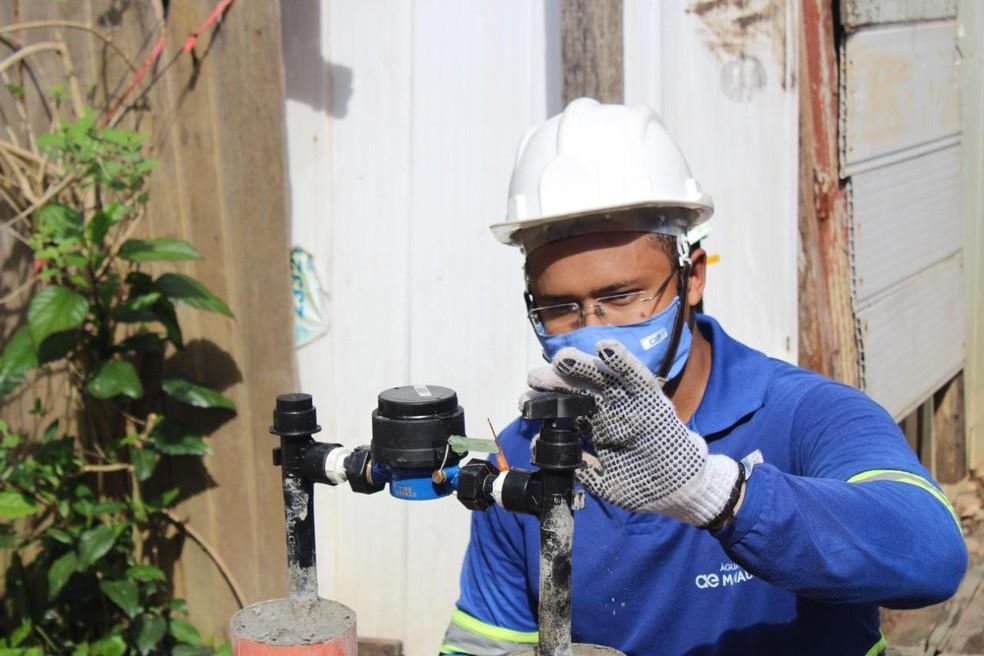 Águas de Manaus tem data da Justiça para pôr 60 mil famílias na tarifa social