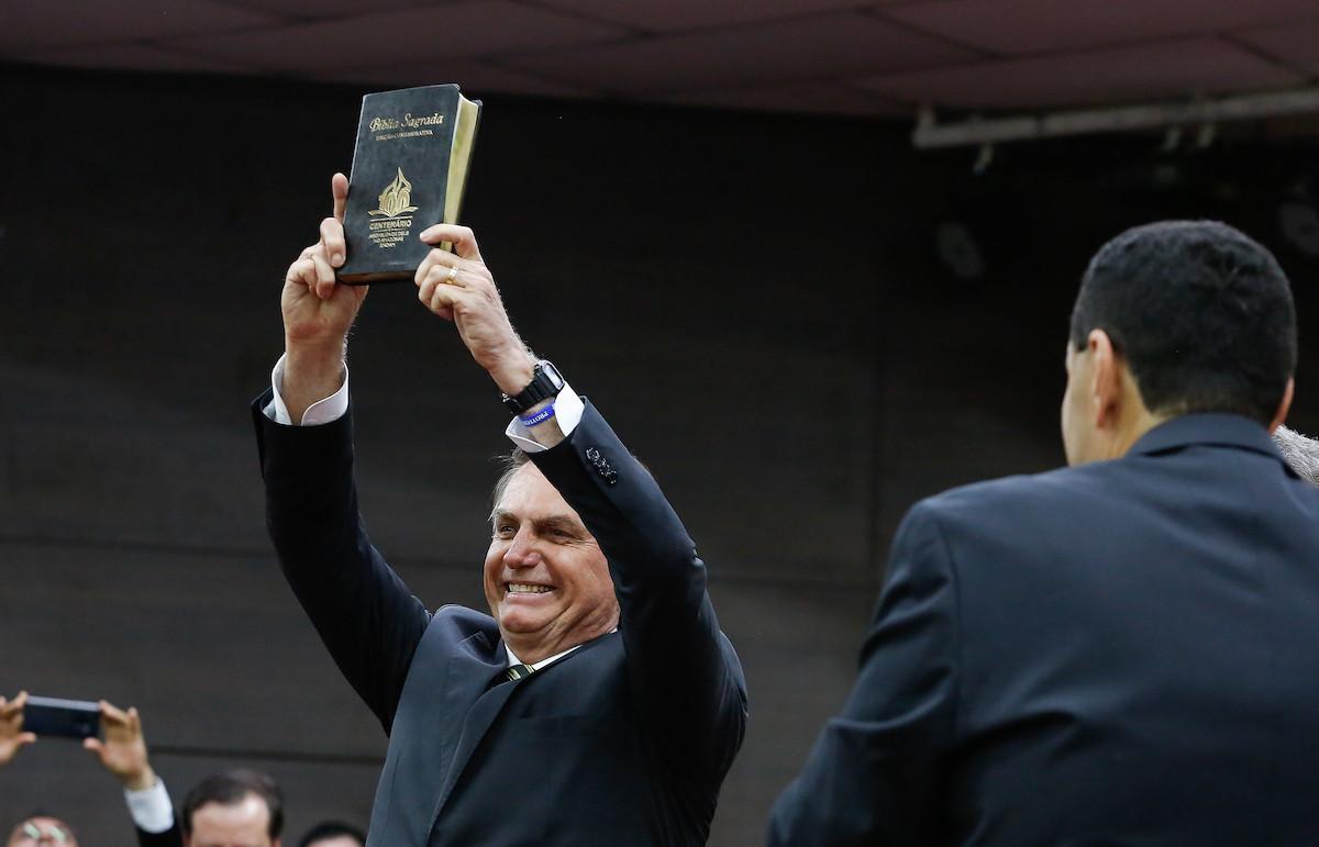 Bolsonaro vem ao AM ainda este mês para reforçar laços com evangélicos
