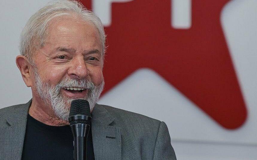 Pedido de Lula a petistas é para apertar o 'fora, Bolsonaro!' nas ruas
