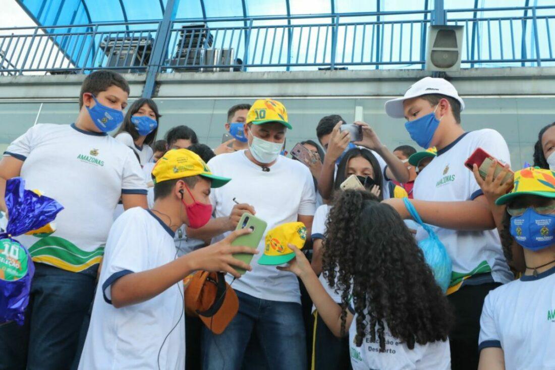 Sortudos para ver Brasil na Arena da Amazônia recebem ingressos nesta quarta